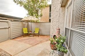Off Market | 260 El Dorado Boulevard #303 Houston, Texas 77598 2