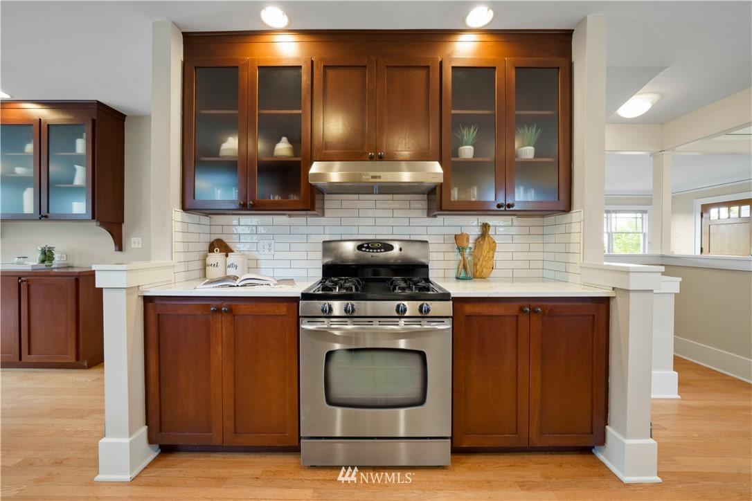 Sold Property | 307 N 48th Street Seattle, WA 98103 12