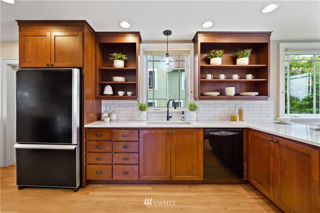 Sold Property | 307 N 48th Street Seattle, WA 98103 13
