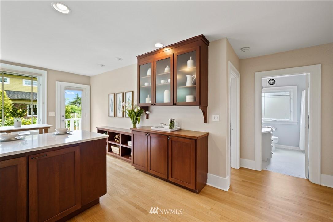 Sold Property | 307 N 48th Street Seattle, WA 98103 14