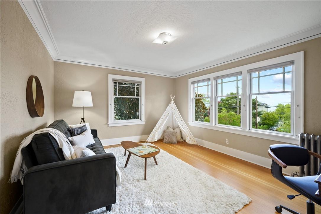 Sold Property | 307 N 48th Street Seattle, WA 98103 17