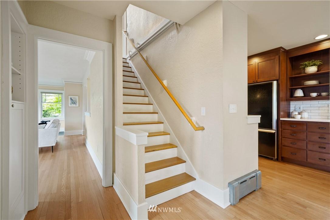 Sold Property | 307 N 48th Street Seattle, WA 98103 19
