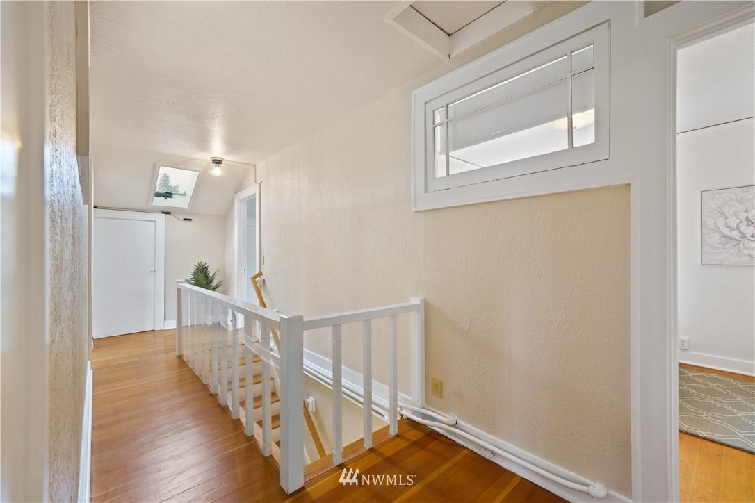 Sold Property | 307 N 48th Street Seattle, WA 98103 20