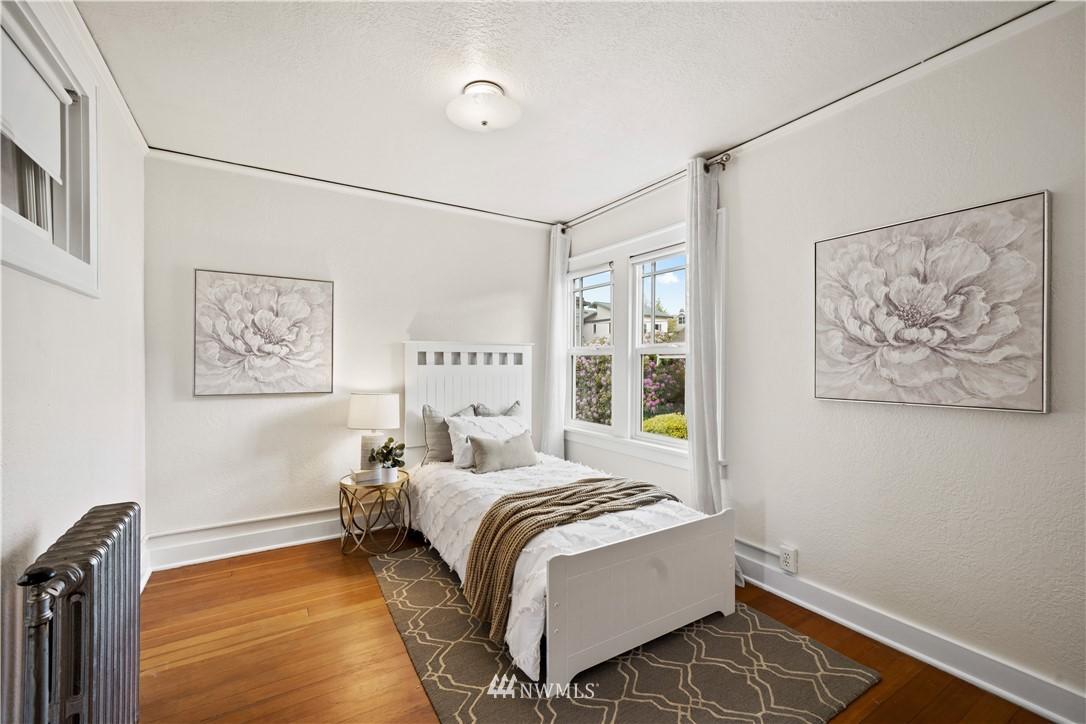 Sold Property | 307 N 48th Street Seattle, WA 98103 24