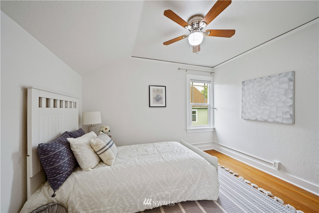 Sold Property | 307 N 48th Street Seattle, WA 98103 25