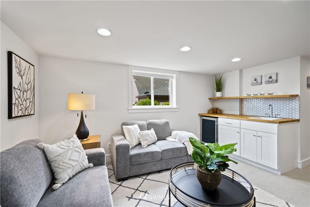 Sold Property | 307 N 48th Street Seattle, WA 98103 28