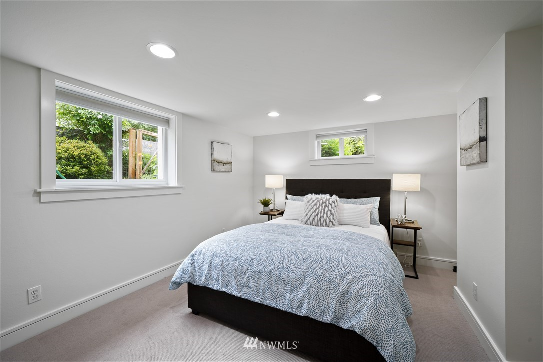 Sold Property | 307 N 48th Street Seattle, WA 98103 29