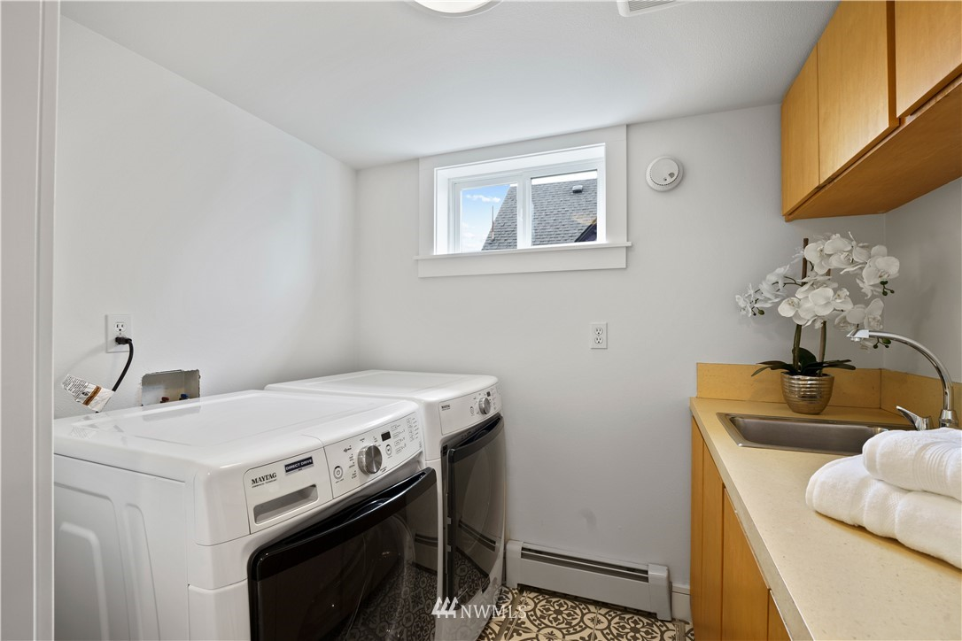 Sold Property | 307 N 48th Street Seattle, WA 98103 33