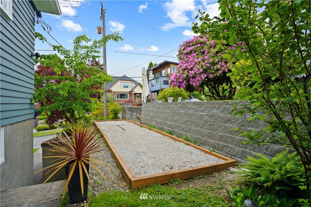 Sold Property | 307 N 48th Street Seattle, WA 98103 37