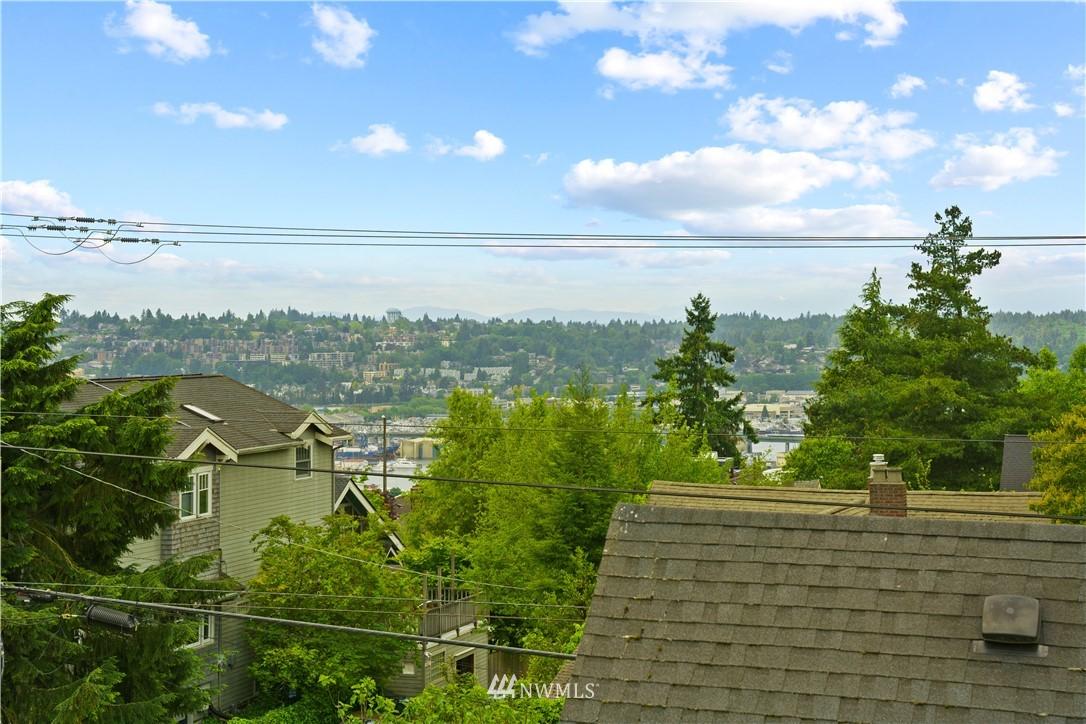 Sold Property | 307 N 48th Street Seattle, WA 98103 23
