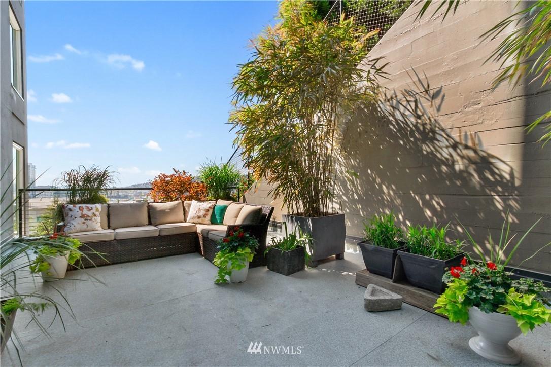 Sold Property | 308 E Republican Street #114 Seattle, WA 98102 10
