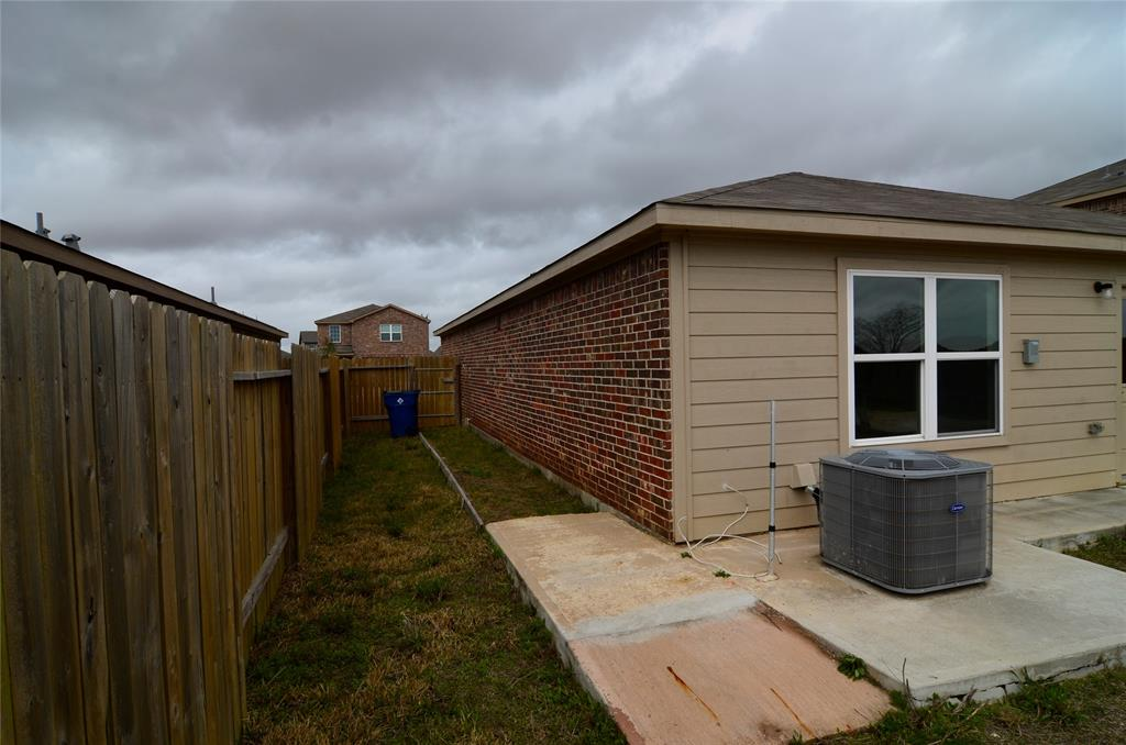 Pending | 2430 Regatta Lane Texas City, Texas 77568 18