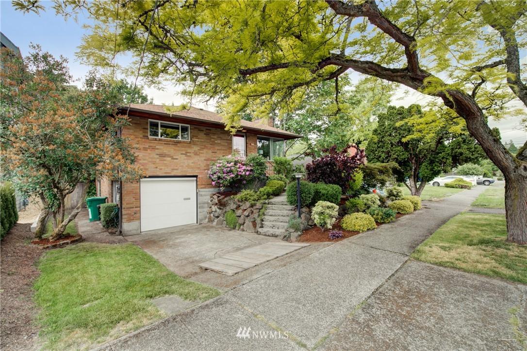 Sold Property | 7343 23rd Avenue NE Seattle, WA 98115 1