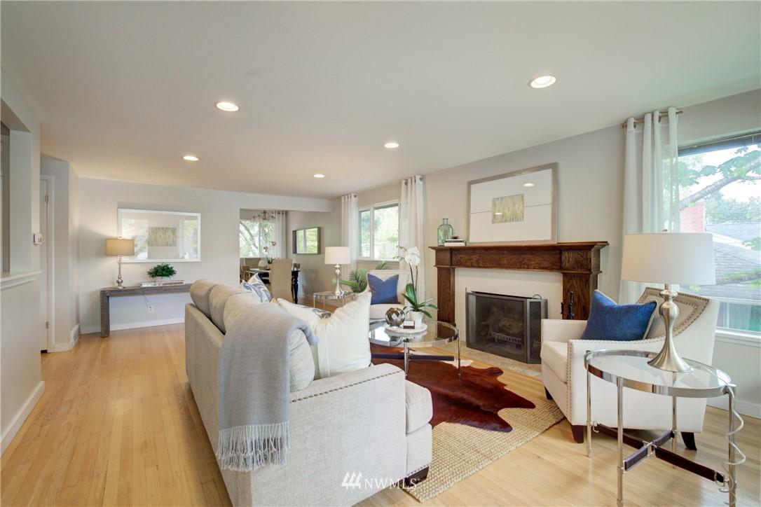 Sold Property | 7343 23rd Avenue NE Seattle, WA 98115 4