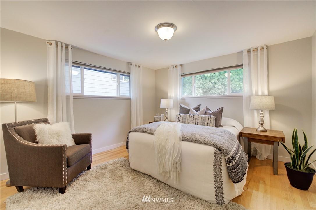 Sold Property | 7343 23rd Avenue NE Seattle, WA 98115 10