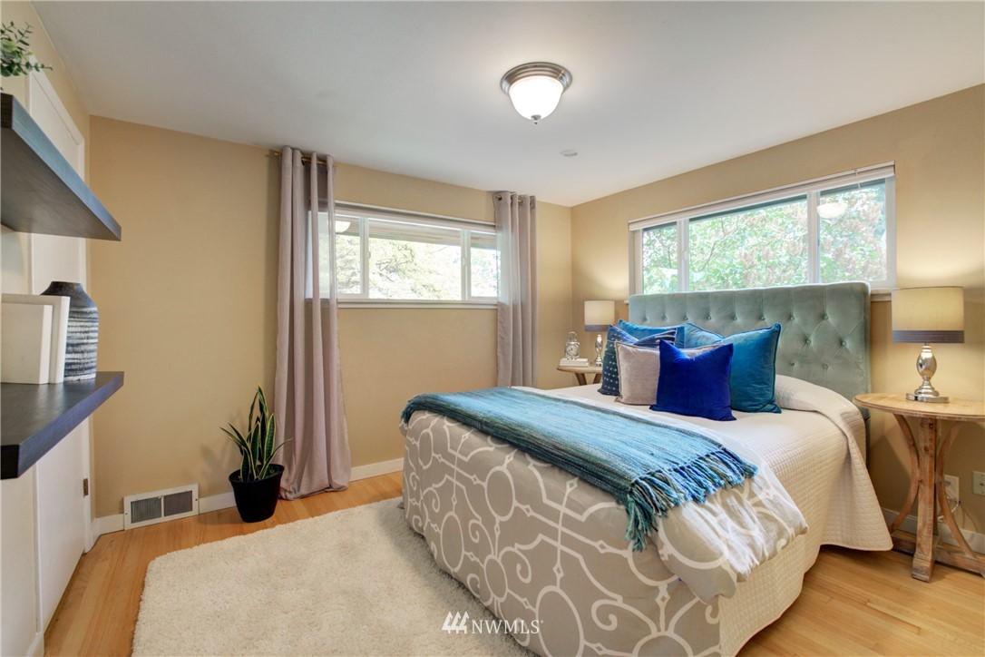Sold Property | 7343 23rd Avenue NE Seattle, WA 98115 12