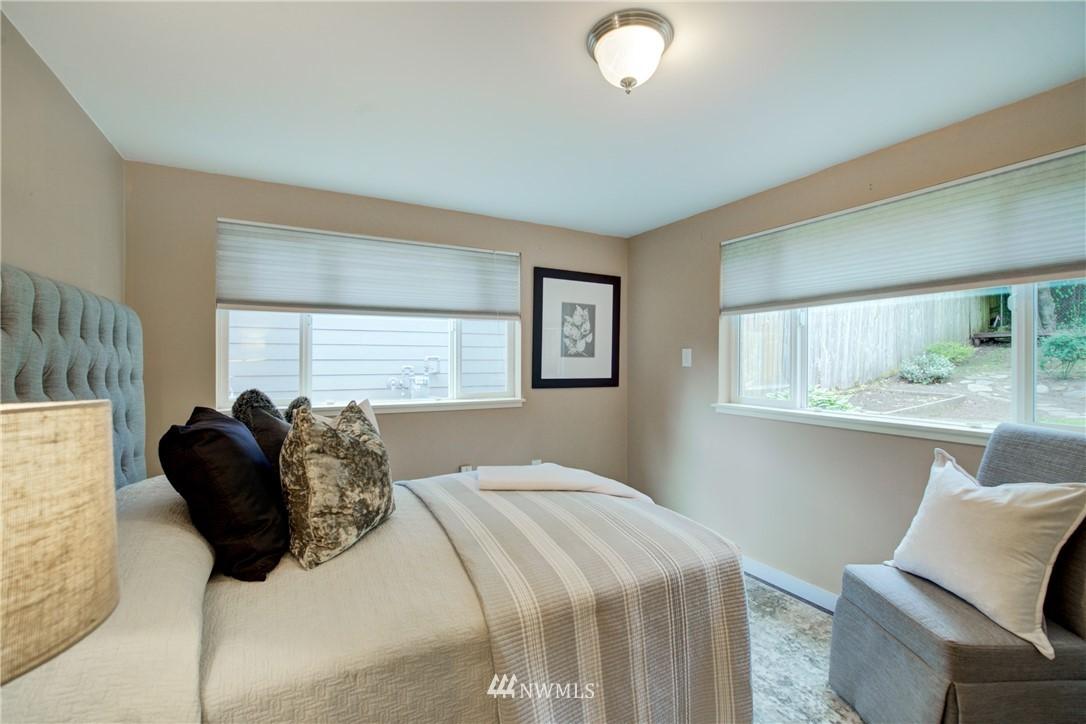 Sold Property | 7343 23rd Avenue NE Seattle, WA 98115 14