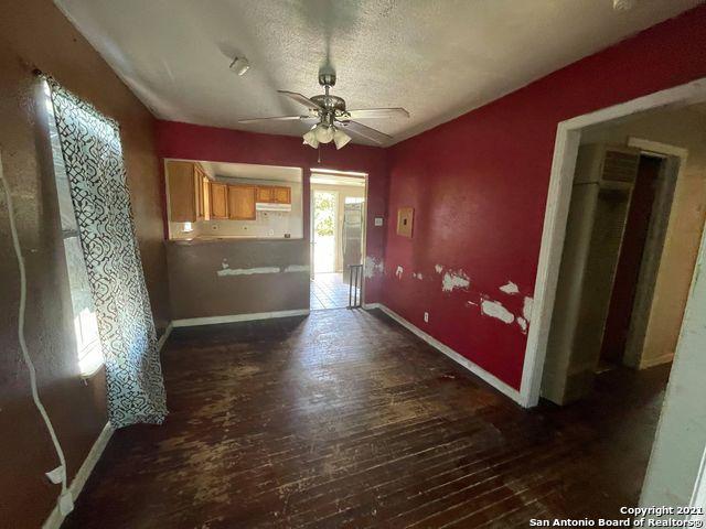 Pending | 215 KOEHLER CT San Antonio, TX 78223 2