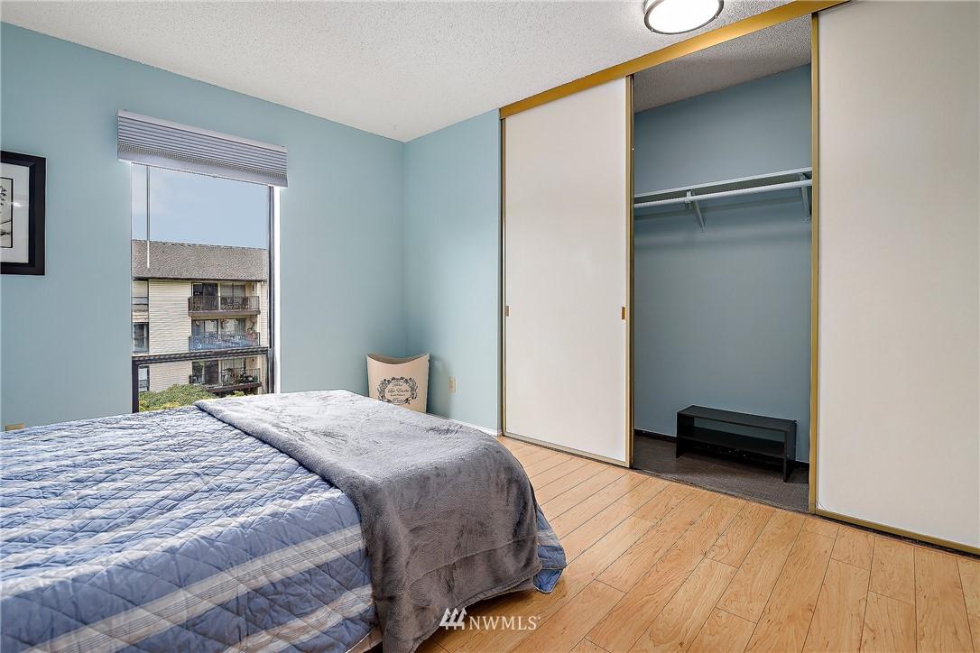 Sold Property | 13229 Linden Avenue N #406B Seattle, WA 98133 14