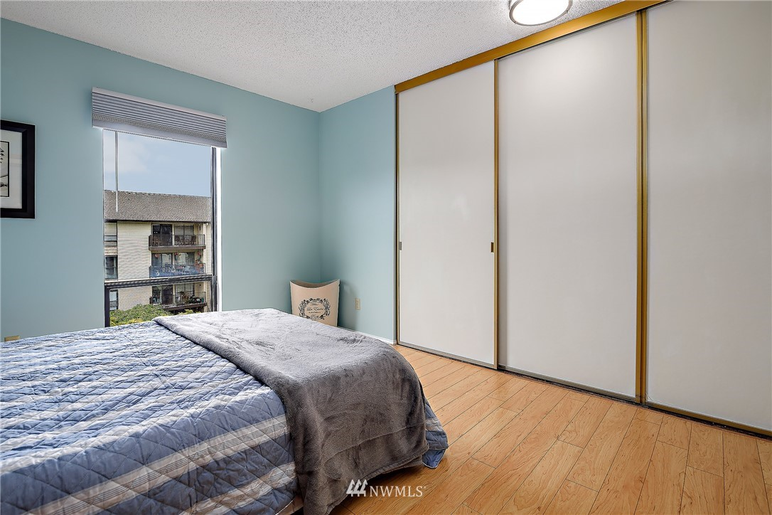 Sold Property | 13229 Linden Avenue N #406B Seattle, WA 98133 15