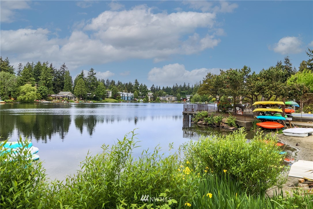 Sold Property | 13229 Linden Avenue N #406B Seattle, WA 98133 22