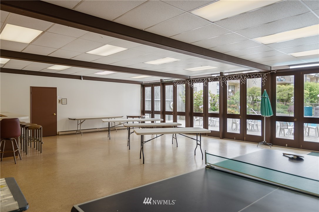 Sold Property | 13229 Linden Avenue N #406B Seattle, WA 98133 26