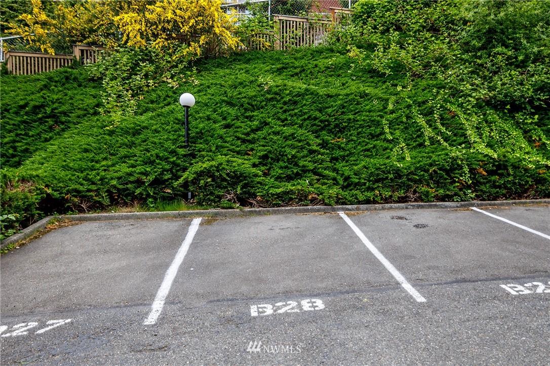 Sold Property | 13229 Linden Avenue N #406B Seattle, WA 98133 31