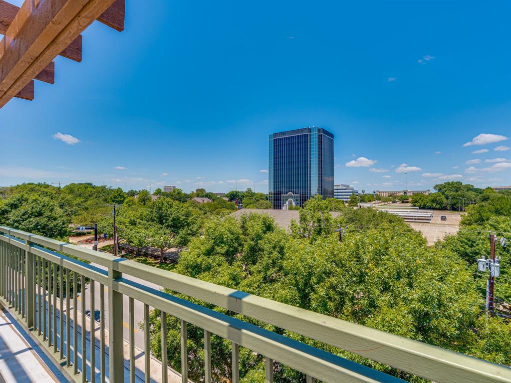 Active Option Contract | 1207 Beaconsfield Lane #404 Arlington, Texas 76011 2
