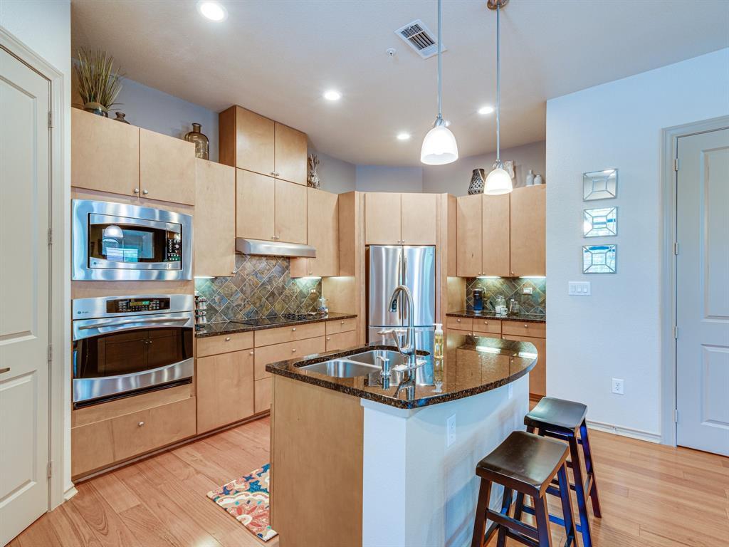 Active Option Contract | 1207 Beaconsfield Lane #404 Arlington, Texas 76011 4