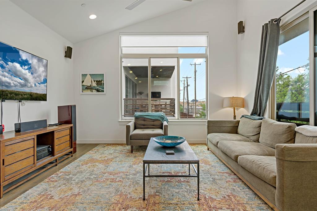 Sold Property | 1833 Euclid Avenue #5 Dallas, Texas 75206 9