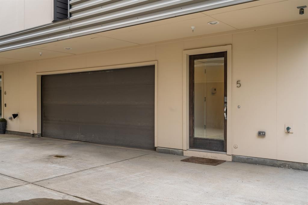 Sold Property | 1833 Euclid Avenue #5 Dallas, Texas 75206 1