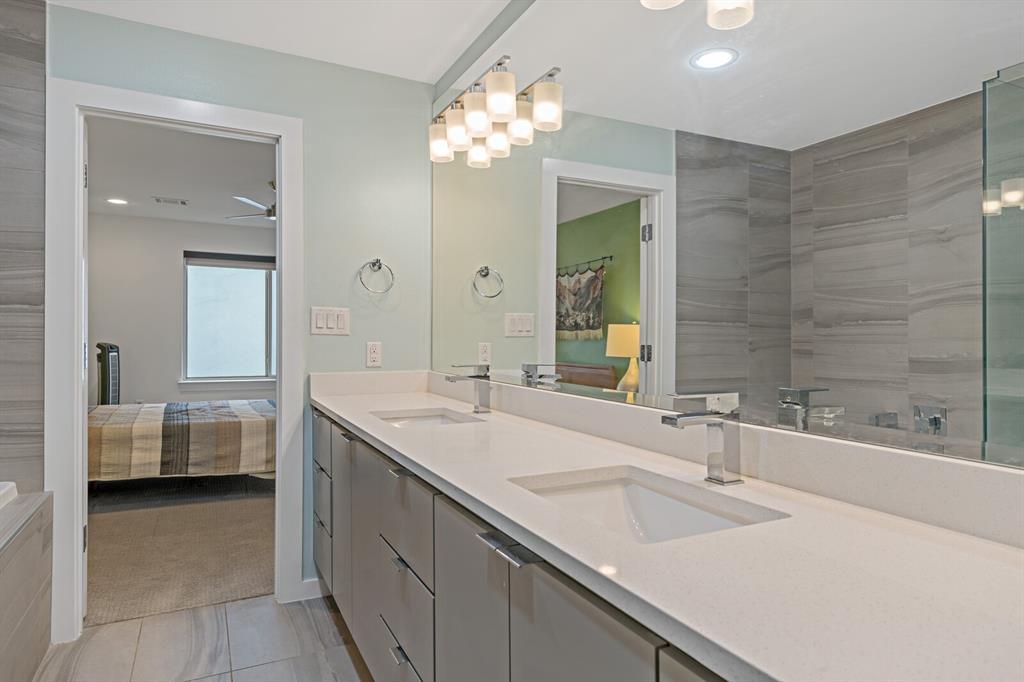 Sold Property | 1833 Euclid Avenue #5 Dallas, Texas 75206 25