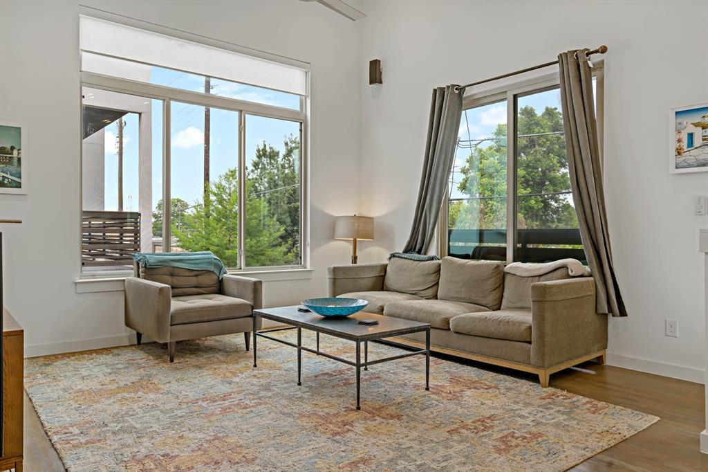 Sold Property | 1833 Euclid Avenue #5 Dallas, Texas 75206 5