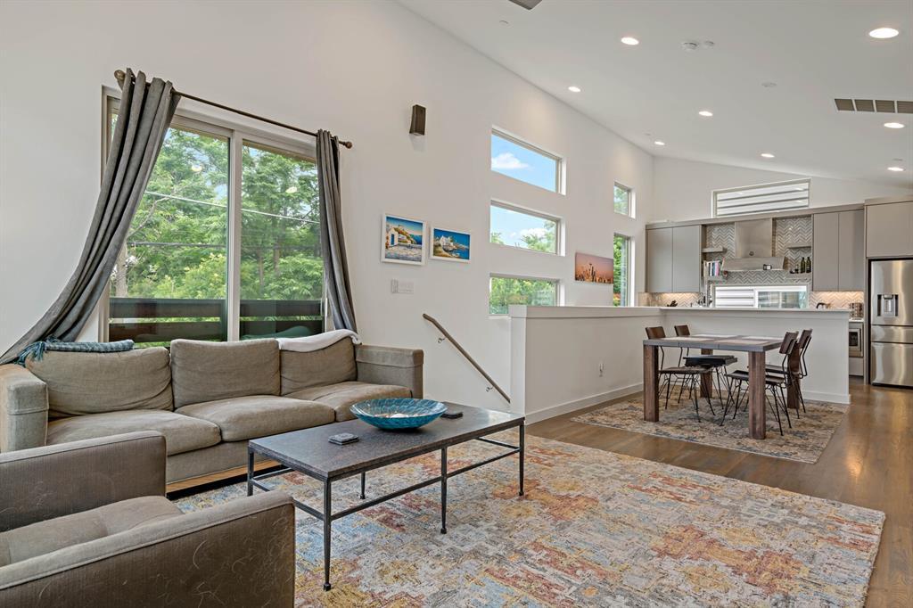 Sold Property | 1833 Euclid Avenue #5 Dallas, Texas 75206 7