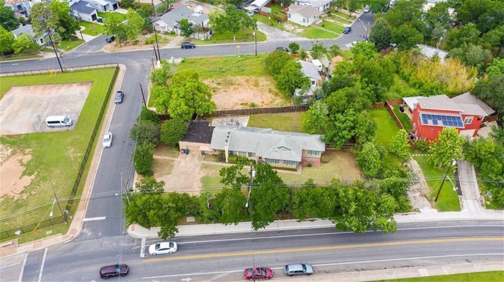 ActiveUnderContract | 2500 Rosewood Avenue Austin, TX 78702 0