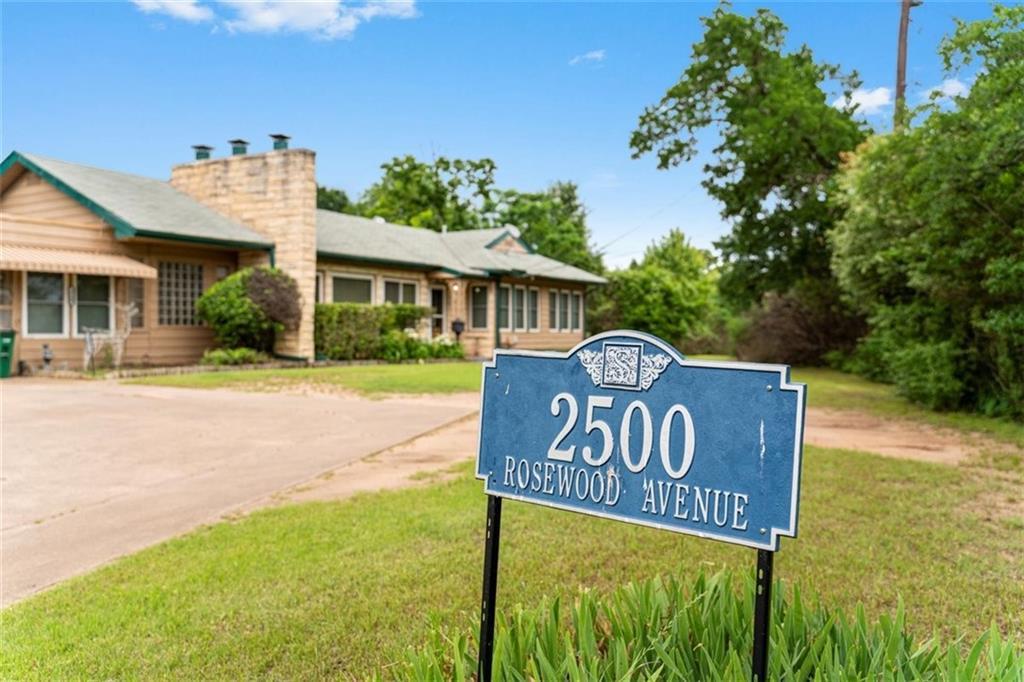 ActiveUnderContract | 2500 Rosewood Avenue Austin, TX 78702 4