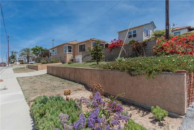 Pending | 700 Rita Street Redondo Beach, CA 90277 3
