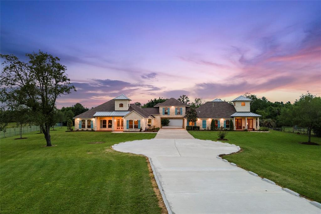 Active | 1919 Dellore Lane League City, Texas 77573 0