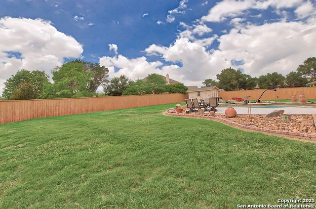 Pending SB | 2503 KLEMM ST New Braunfels, TX 78132 45