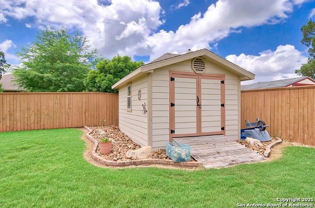 Pending SB | 2503 KLEMM ST New Braunfels, TX 78132 46