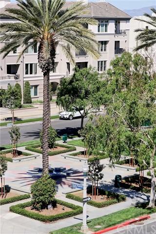 Active | 13200 Pacific Promenade #446 Playa Vista, CA 90094 24