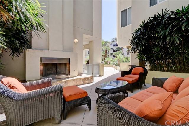 Active | 13200 Pacific Promenade #446 Playa Vista, CA 90094 27