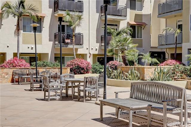 Active | 13200 Pacific Promenade #446 Playa Vista, CA 90094 31