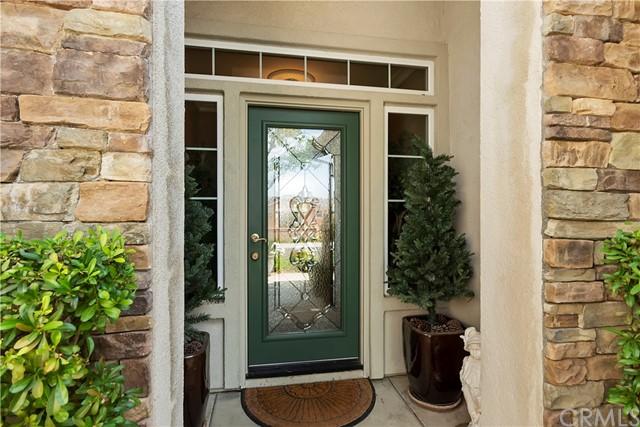 Closed | 1659 Lewis Beaumont, CA 92223 6