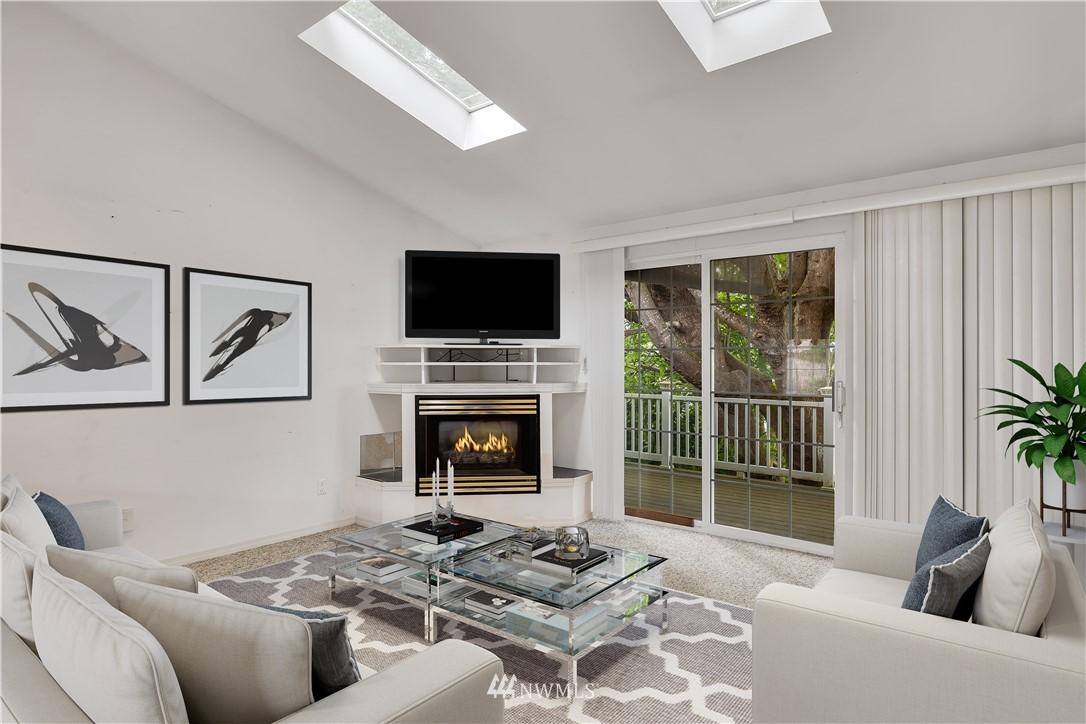 Sold Property | 520 Magnolia Lane Edmonds, WA 98020 11