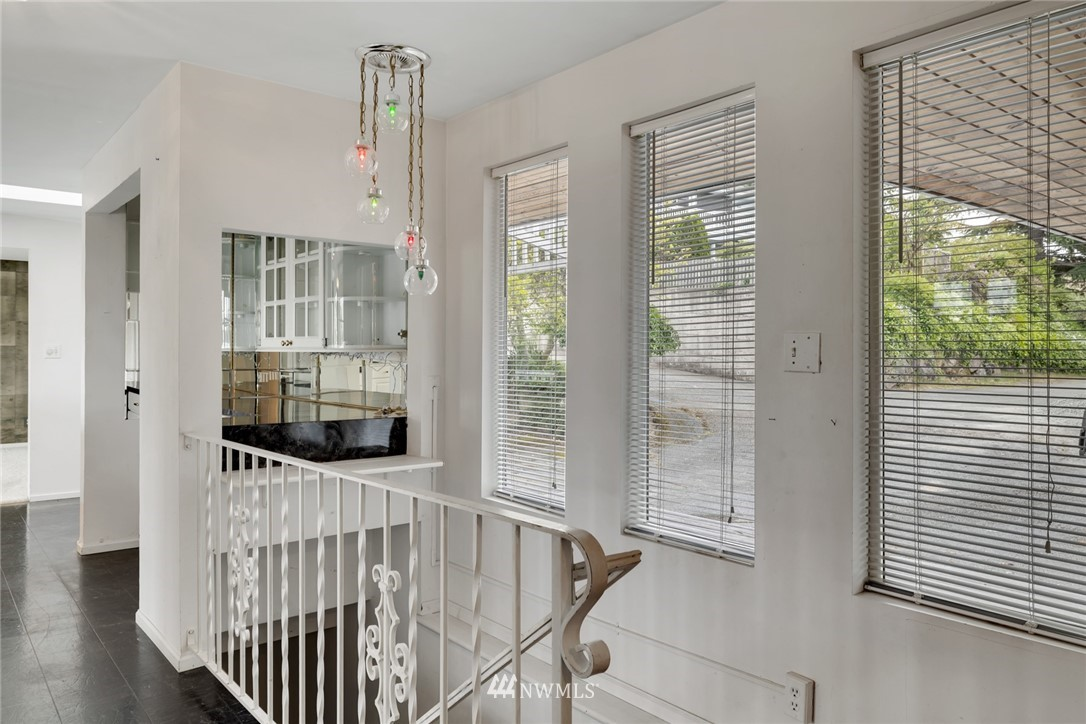 Sold Property | 520 Magnolia Lane Edmonds, WA 98020 18