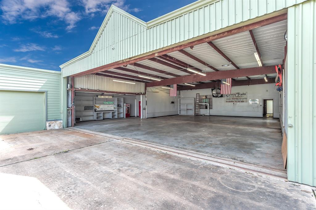 Off Market | 39 E Kitty Hawk Street Richmond, Texas 77406 21