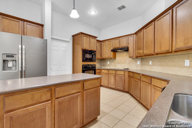 Active Option | 5347 GEMSBUCK CHASE San Antonio, TX 78251 6
