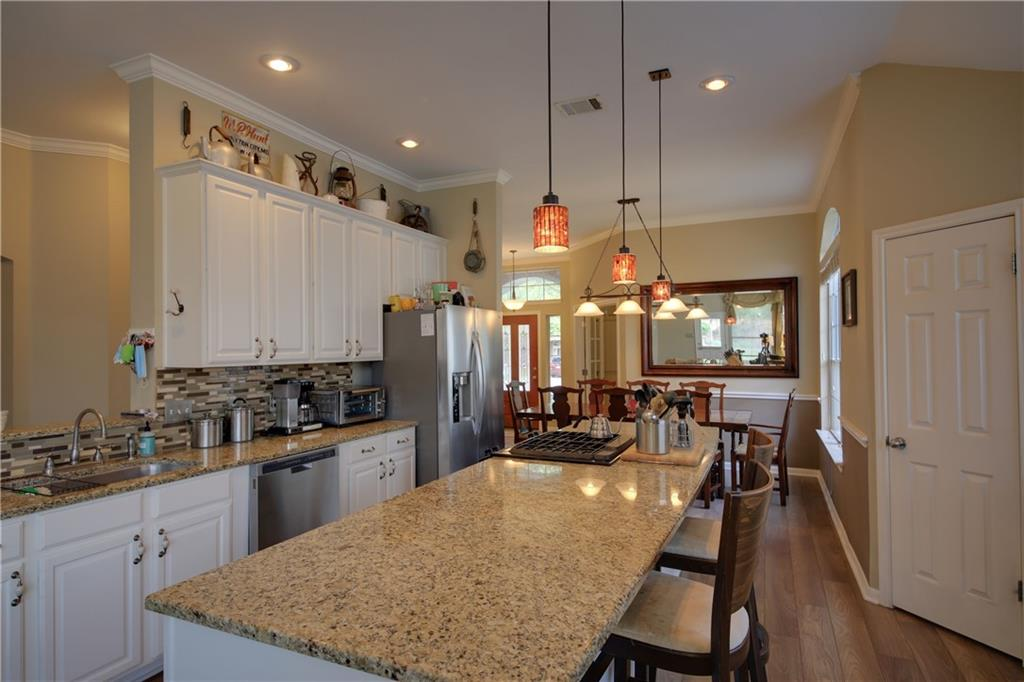 Closed | 8409 Springfield Gorge Drive Round Rock, TX 78681 12