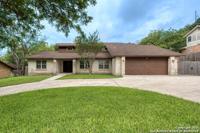 Active RFR | 106 MISSION DR New Braunfels, TX 78130 1